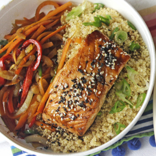 Salmon Teriyaki y  quinoa + 1 CocaLight 250ml